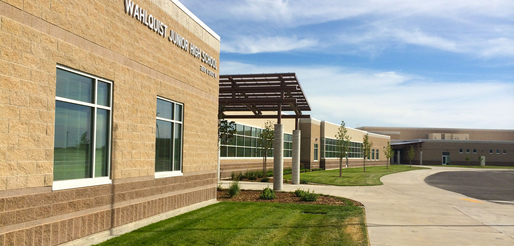 Wahlquist Jr High School exterior - school construction example